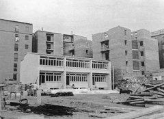 Construcció de l'escola l'any 1956
